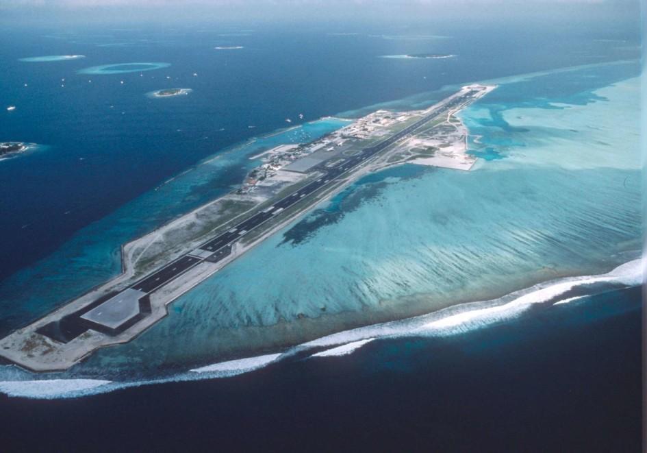 World's 15 most scenic airport runways