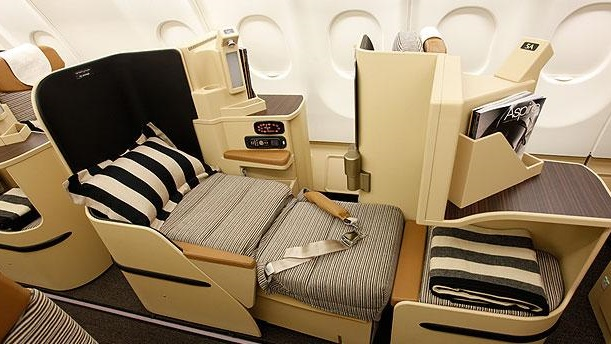 9 Hacks for Flying Business Class (Or Better!) Without a Celeb Budget